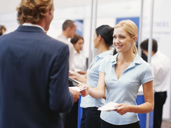 4 Ways to Optimise Every Exchange in Your Booth