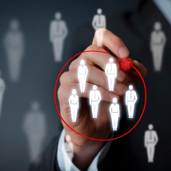 Booth Staffing Tips for the Digital Era